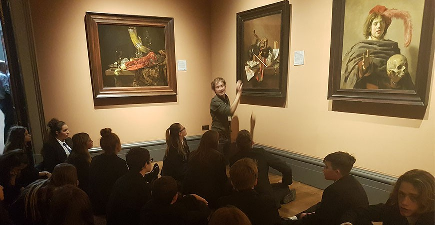 Discussing painting at the national gallery.
